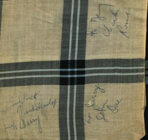 De zakdoek van Thelonious Monk, een pareltje uit onze collectie Memorabilia